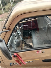 宗申三轮车三百发动机可拉两吨,18年 月的车。价格一万二。