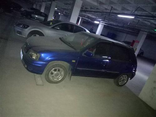 本人因换新车,出售小车一辆。车况良好无事故。