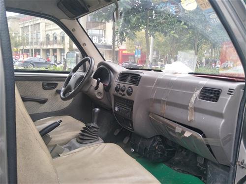 出售二手长安之星面包车一辆,没大修过,发动机未发生过故障,称心出售。有想要的可到南溪看车!