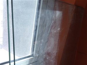 玻璃板,1.4*0.7m,七个厚