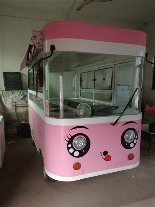 餐車轉讓!9成新!3.6米長,1.6米寬,適合做小吃生意!有意者請聯系我!