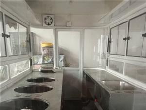 餐车转让!9成新!3.6米长,1.6米宽,适合做小吃生意!有意者请联系我!
