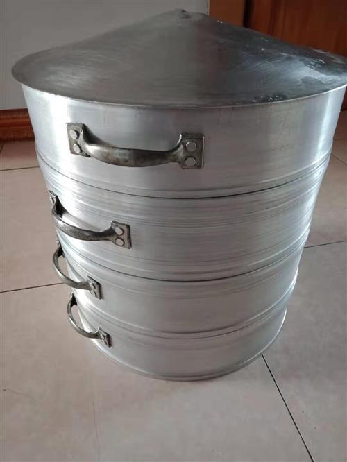 不銹鋼蒸屜/蒸籠/蒸格,3層,可以用來蒸饅頭,蒸包子等等。