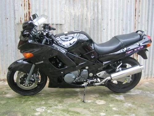 川崎四缸跑车,400cc 需要的私聊,vx:xiao17722238581