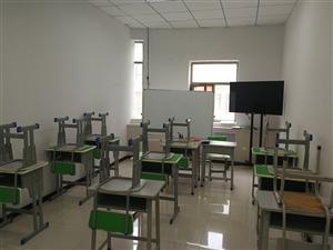 教育学校,转让二手的课桌椅,办公桌,沙发,书柜书架等