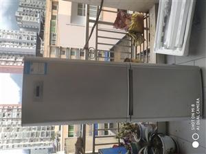 本人有一台旧海尔冰箱原价以前3888出售价格600元低价出售不议价格。请联系我在城口同城看到的电话1...