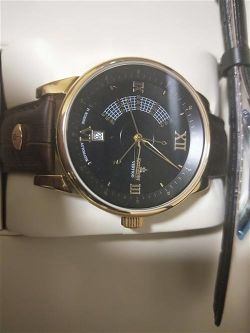 全新德國進口坤格迷幻炫舞機械手表,因急用錢便宜轉讓,原價2099元現1600元
