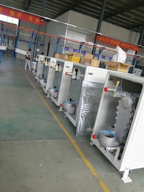 全预混硅铸铝冷凝燃气热水锅炉,热效率高109%,用我们锅炉供暖,一个供暖季4个月每平方米只需要4~6...