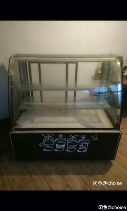 大理石常温展示柜。 大理石常温展示柜,蛋糕甜品玻璃柜。 9成新。长1.2米。大理石底座。常温柜不能制...