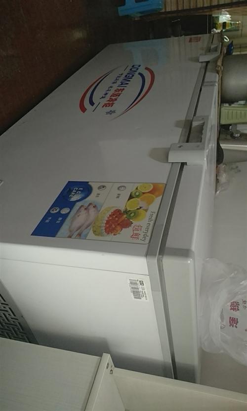 门面不做了,冰箱,货架,桌子处理,在阳光农贸市场,有意电话联系!