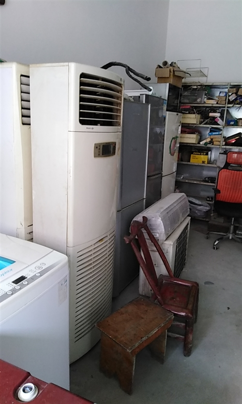 本店常年有二手电器送货上门,一律保修
