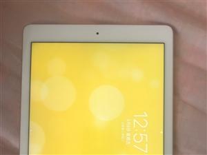 iPad Pro 9.7寸 32G玫瑰金 Wi-Fi版 95新 无磕碰 买来 放家里 基本没怎么用过...