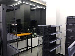 九成新便利店货架出售,价格可谈,有接近20组货架,另外还有个新型散称食品架,