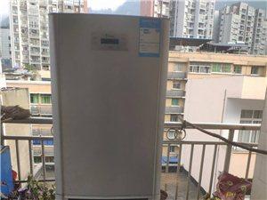 本人买新冰箱了现将旧冰箱低价处理价格300元
