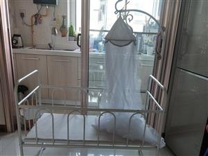 婴儿床150元   婴儿背带30元  全部九成新  不议价
