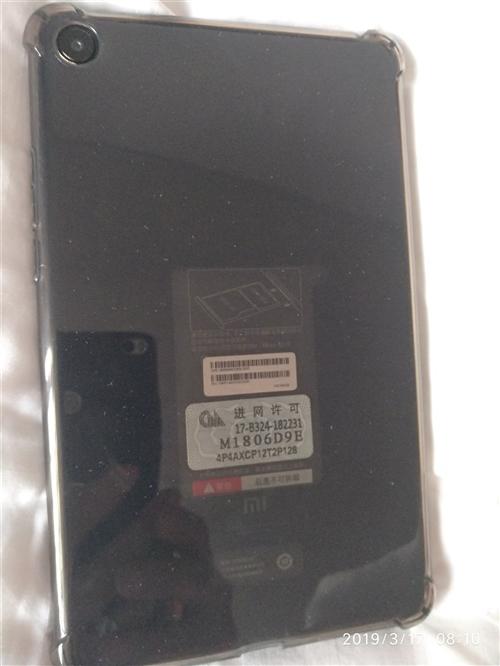 个人刚刚买的没有几天的小米4平板,黑色,4+64G插卡全网通的。可以重新带了保护膜,钢化膜保护套都有...