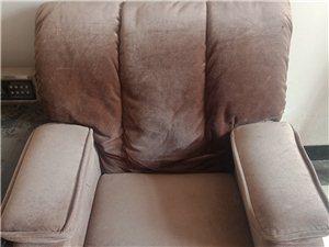 足疗按摩店电动沙发躺床低价转让,200块一个数量有限先到先得。抢购热线18855828959