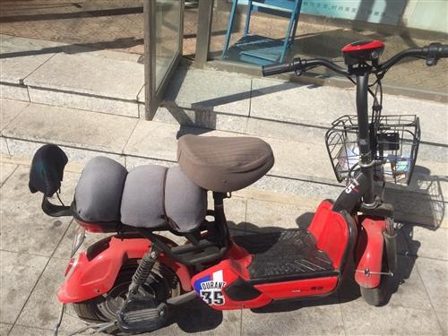 刚骑不到一年雅迪的电动车、因为家里俩台闲置一个、这个就卖了、