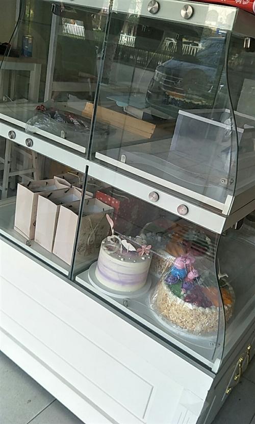 蛋糕中岛柜