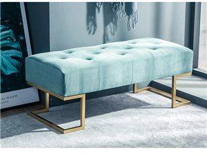 沙发凳,8成新1.2米,颜色好看,店面家用都可,地址:丽水遂昌南街