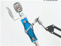 本人有声卡麦克风充电器声卡,麦克风,音效特别好,直播唱歌神器一套220出售 联系电话:155934...