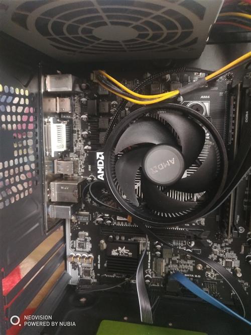 台式电脑一台,950块。处理器:速龙200ge。内存:8GB DDR4 。主板:七彩虹B350。硬盘...