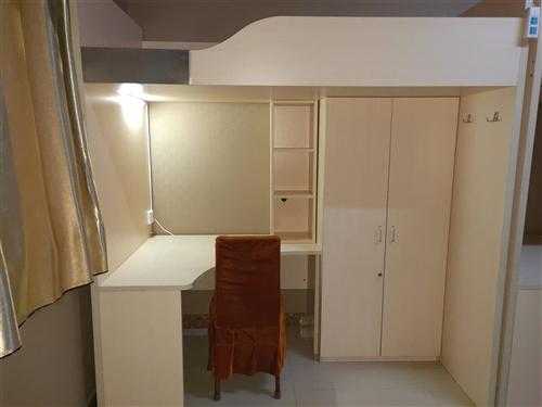 长2m 宽1.1m 高1.7m 自带书架衣柜床垫 可家用也可公寓用 急出原价2300现价800