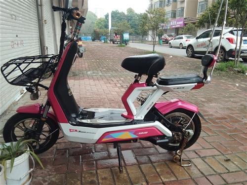 8成新电动车便?#39034;?#21806;,。一口价600。买来2200。