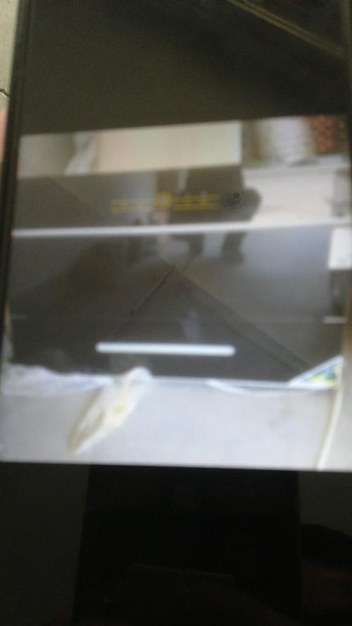 朋友搬家拆下来的油烟机一台,有意者联系,15224386782