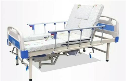 中区多功能护理床,防褥疮气垫,元月底买的,用了一个多月,现低价出售,需要的联系。