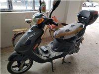 台铃电动车,去年换的锂电池,今年刚换的轮胎,德令哈市看车。