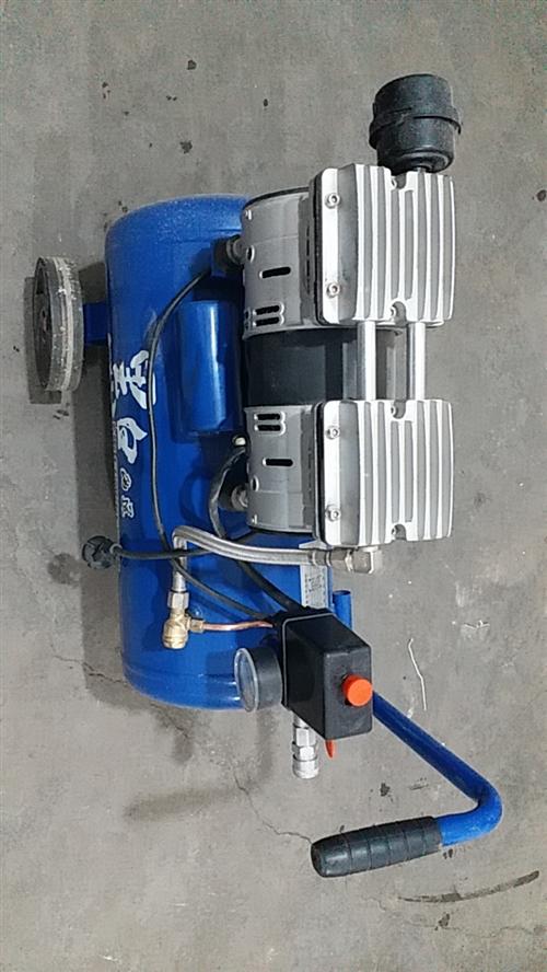 出售无油静音性气泵一台,买来用过一次,出气嘴已更换不锈钢嘴,有需要的请联系