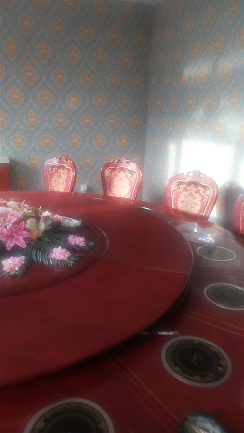 豪华16-18人桌,可用做火锅,可带餐具