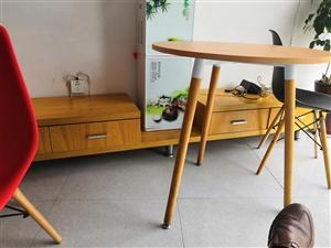 ��柜 2.6米左右  木�|  售�r150原�r1000