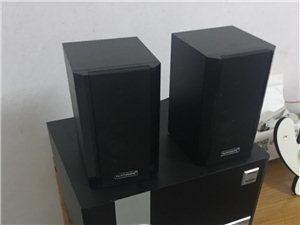 出售一台兰欣品牌的无拆无修9成新木质音响。买了300多用不上了低价处理。有需要的请联系。
