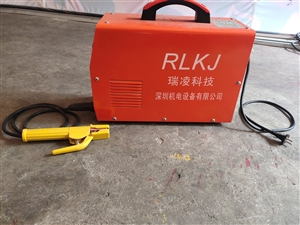 出售二手380v电焊机,9成新,买来少用,一切使用都正常,现底价转让!
