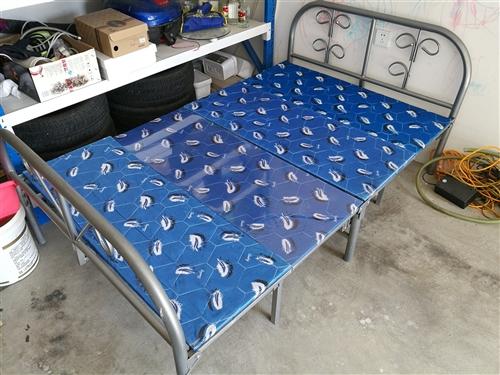 折疊床,1.2米,完好。