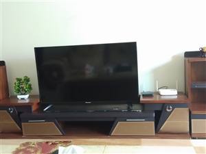 电视柜便宜处理,维护的比较新,质量很好!