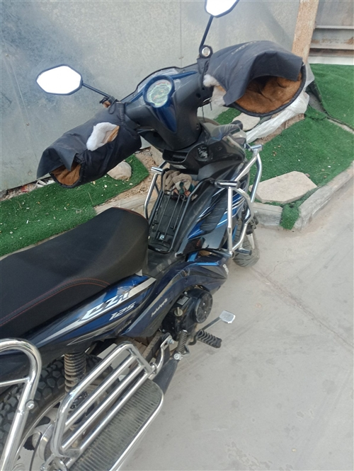 彎梁摩托車,基本全新,沒怎么用,需要的聯系