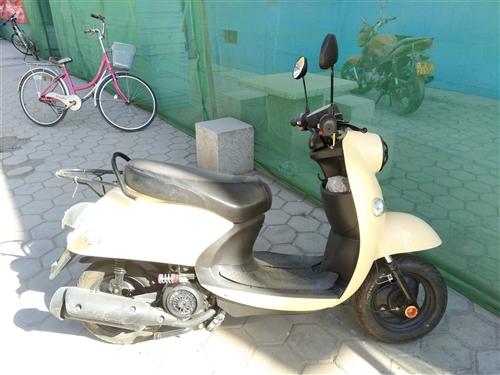 踏板摩托车125cc 可上牌 手续齐全