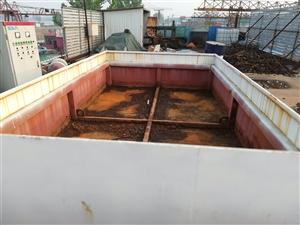 转让闲置水箱一个,尺寸是2.5米*4米