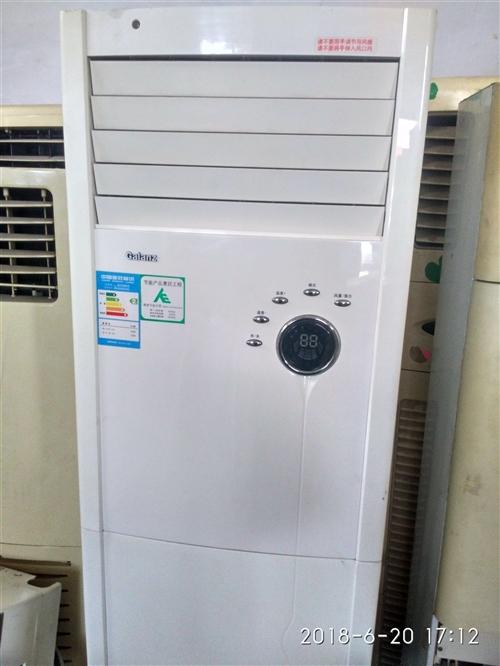 18354353554出售回收二手空调。