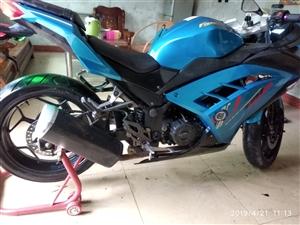 摩托车,250cc油冷机