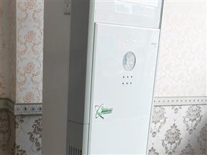 美的空调8成新,实用客厅或者饭店。