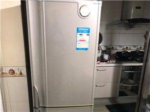容声冰箱201升,七成新,原价2100元,现价500元转售,同城交易方便。联系电话138507427...