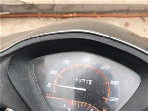 低�r出售二手踏板摩托�一�v,夏季出行神器,