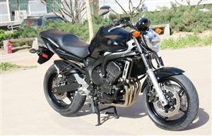 机车摩托车雅马哈fz6 电喷四缸600排量 机器和动力一点问题没有,外观八成新。有意者联系,1538...