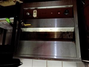 白菜价转让九成新燃气煮面炉,八成新炸油条炉!