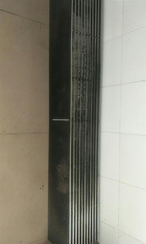 九成新烧烤箱   长1.5米  宽25cm