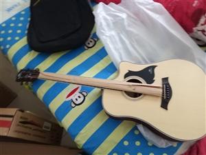 卡马吉他41寸D筒型初学者吉他音色很好,因为没有时间弹忍痛割爱官网可查真伪送电子调音器变调?#26143;?#24358;一套...
